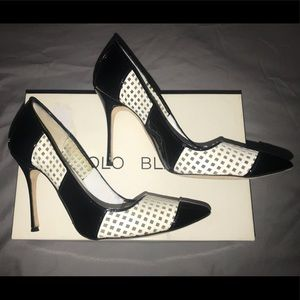 Manolo Blahnik Pump Patent Heel Black/White